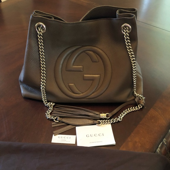 Gucci Handbags - Gucci soho handbag